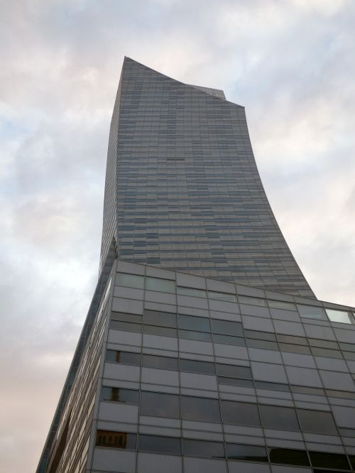 the skyscraper building glass