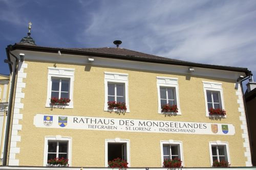the town hall mondsee town