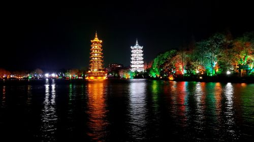 the twin towers guilin night view