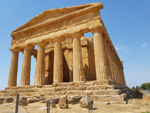 the valley of the temples agrigento landscape