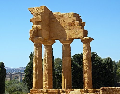 the valley of the temples  agrigento  temple of the dioscuri