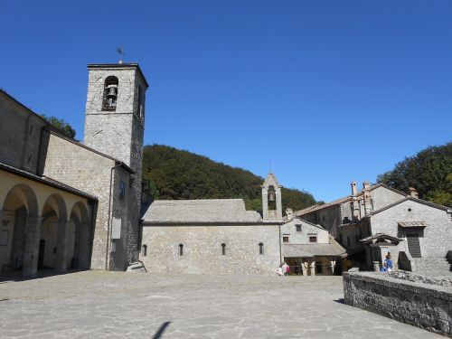 the vernal church sanctuary