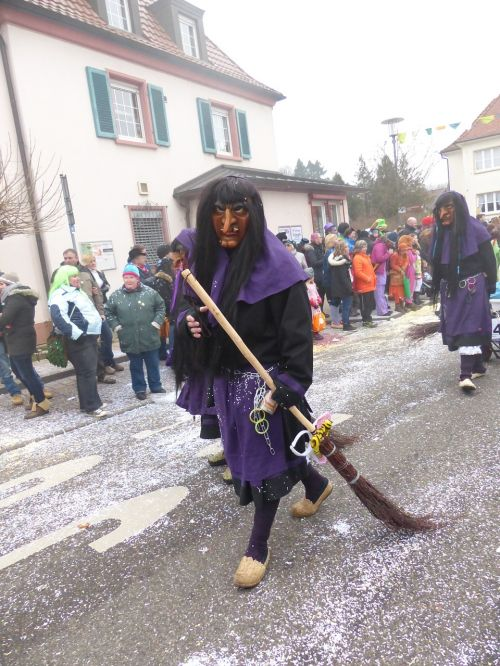 the witch alemannic fasnet customs