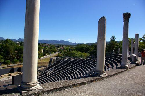 theatre vaison-la-romaine vaucluse
