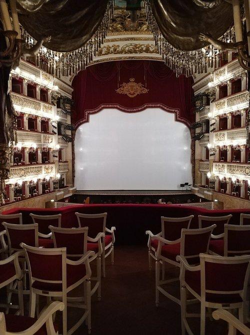 theatre  scene  naples
