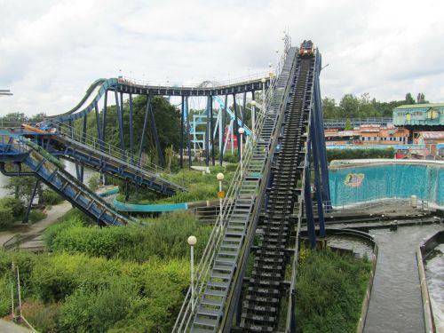 theme park roller coaster rides