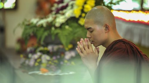 theravada buddhism homage blessing
