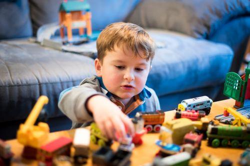 thomas and friends toy train boy