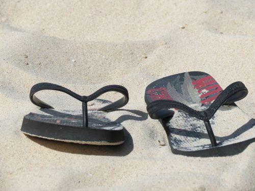 thongs beach flip flops