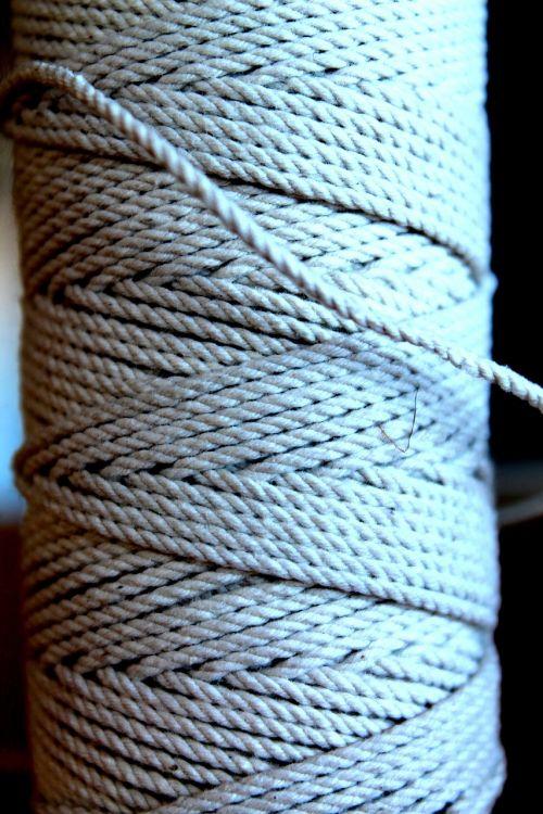 thread spool twine