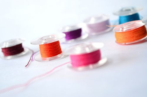 threads spools colored
