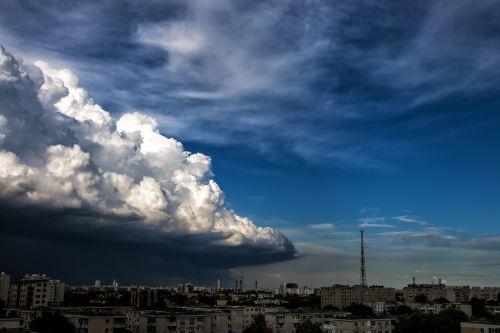 threat cloud urban scene