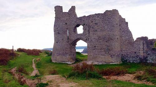 three cliffs bay castle cliffs