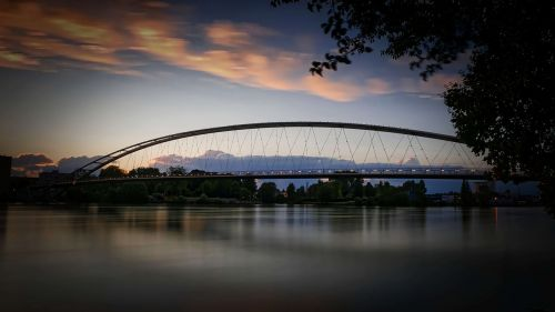 three countries bridge weil am rhein abendstimmung