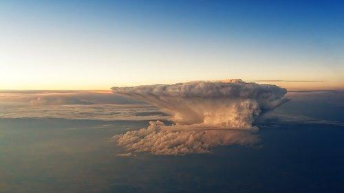 thundercloud  forward  storm
