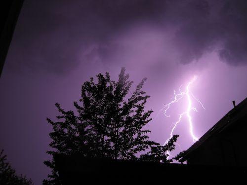 thunderstorm flash flash of lightning
