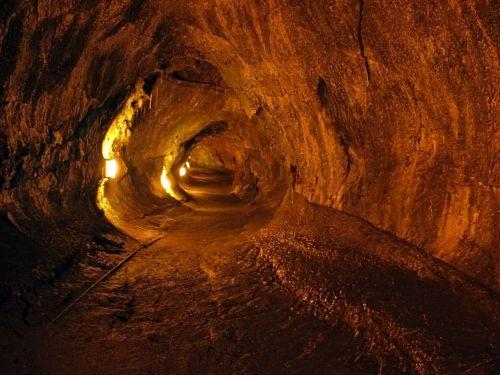 thurston lava tube lava flow hardened