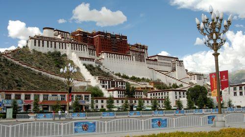 tibet lhasa monastery