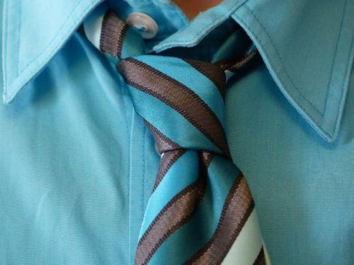 kaklaraištis kaklo mazgas,marškinėliai,kostiumas,mazgas,šviesiai mėlynas,turkis