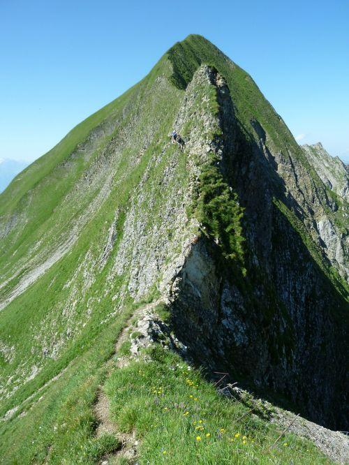 tightrope walk bergtour brienz red horn ridge