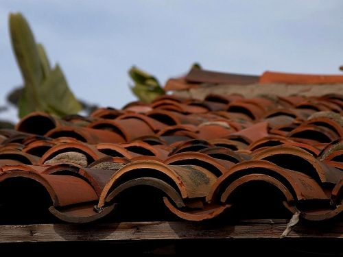 tiles roofing clay