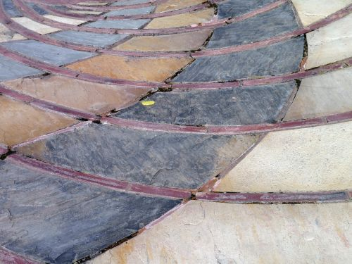 tiles path pattern