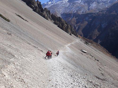 tilicholake  trekking  nepal