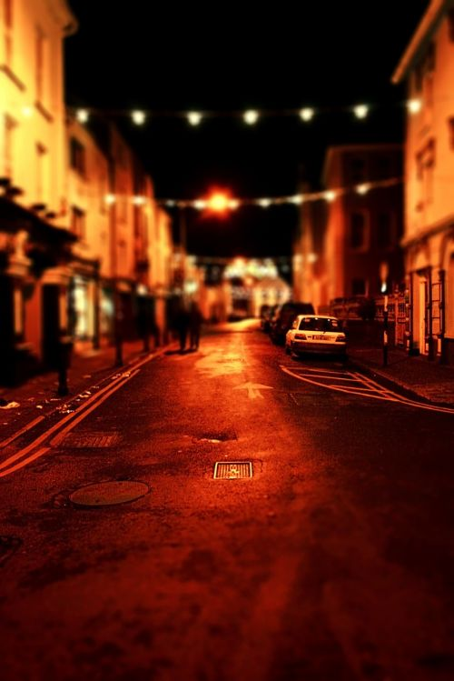 tilt-shift street night