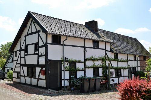timber-framed house limburg