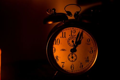 time darkness clock
