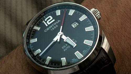 time clock wrist watch