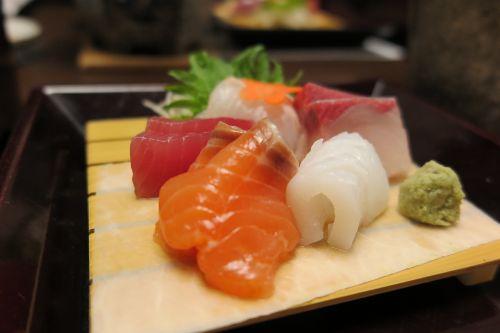 time salmon tuna