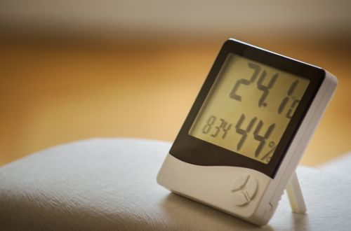 time of clock humidity