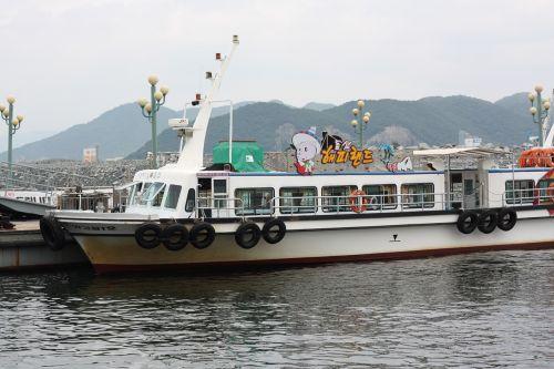 times pleasure boat sea