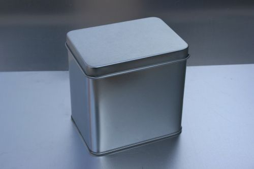 tin can metal box christmas box