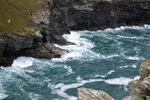 Tintagelio pilis,karalius arthuras,jūra,kranto,uolos,bangos,pertraukikliai,pakrantė,uolos pakrantė,kraštovaizdis