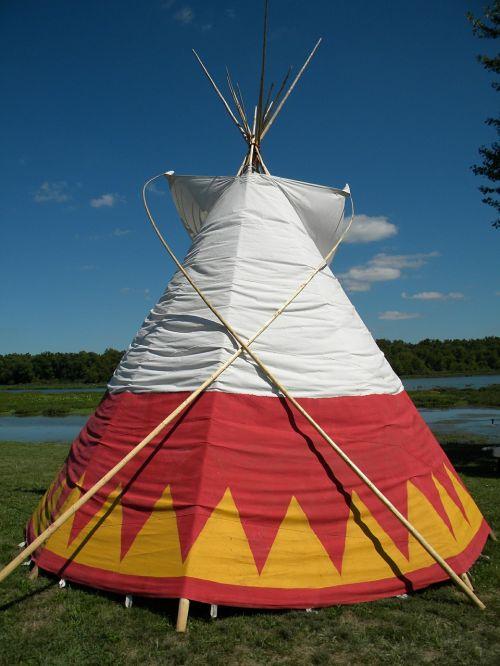 tipi native american teepee