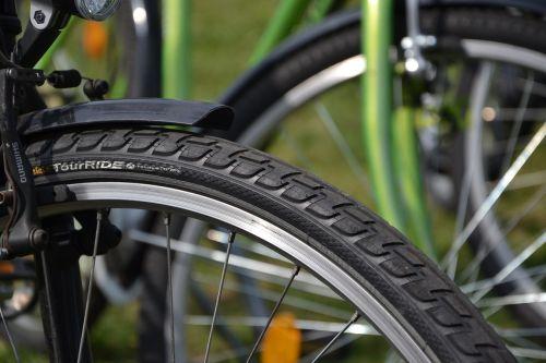tire bike by bike