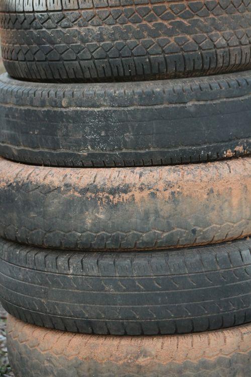 Tire Pillar