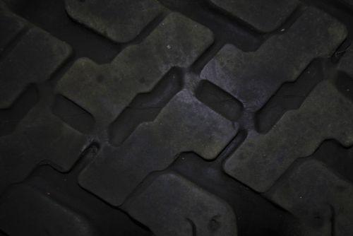 Tire Thread