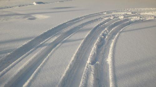 tire tracks traces snow