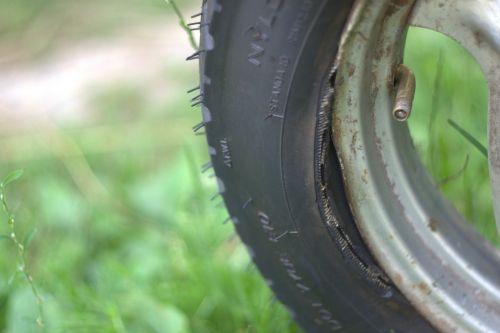 tires repair road