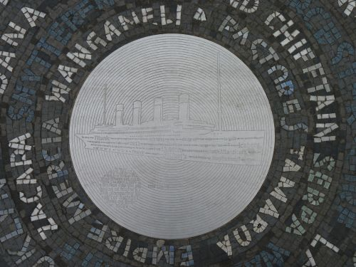 titanic plaque ship