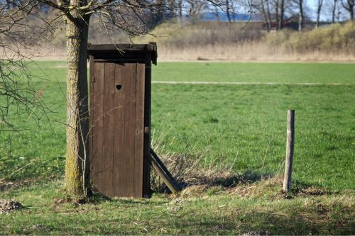 toilet nature meadow
