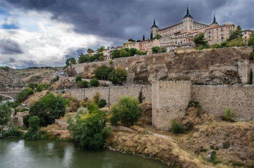 toledo medieval city architecture