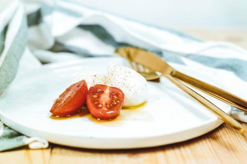 tomato oil food