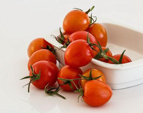 tomato red fresh