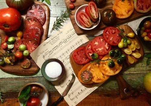 tomatoes  heirloom  garden