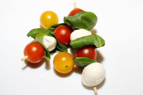 tomatoes mozzarella italian