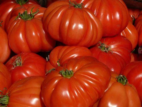 pomidorai,raudona,turgus,daržovės,valgyti,maistas,gaudy,širdies širdis